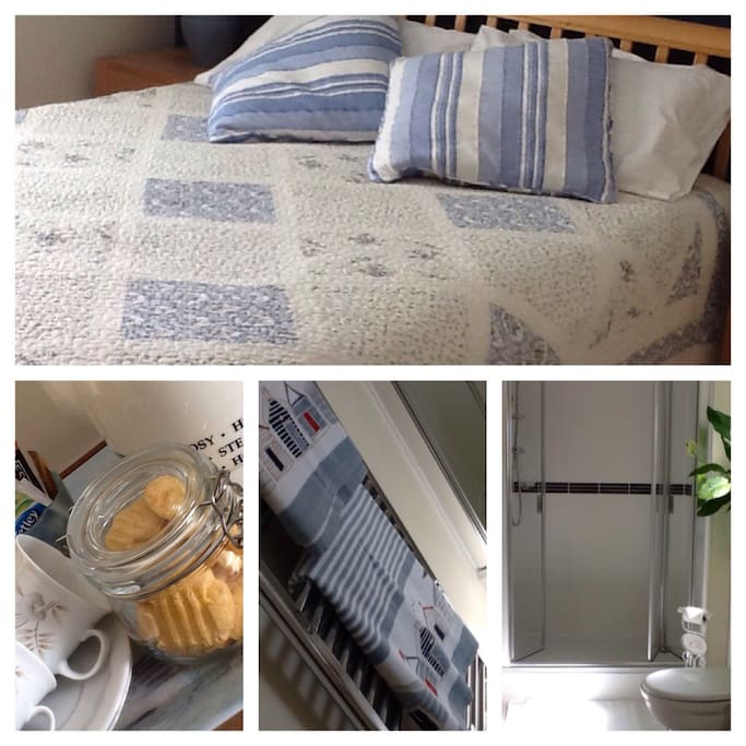 Spacious double room with king size bed.