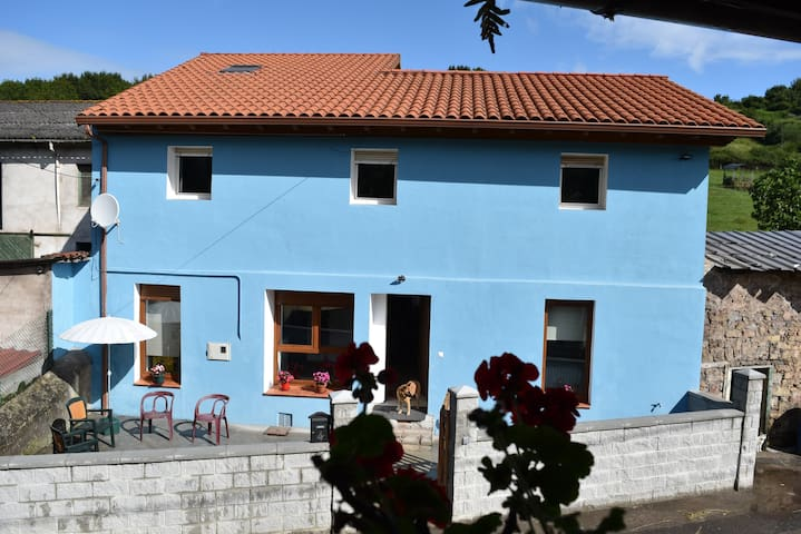 The blue house of Asturies: beaches, country, city