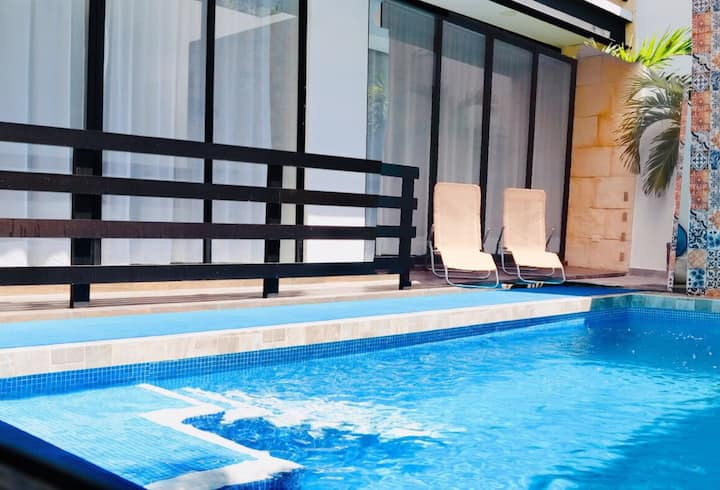 Casa Tulix modern one-bed Apt#1 Poolside