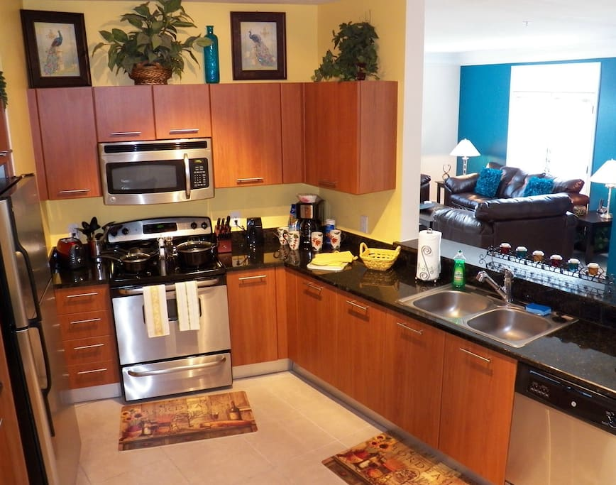 Beautiful 3 Bedroom/2 Bath Apt. Med Center