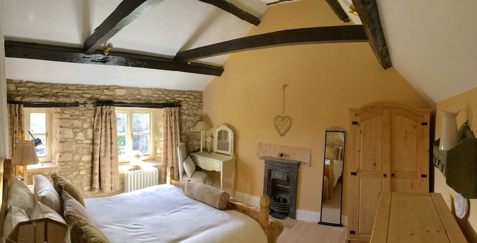 Cotswold cottage with great views - Gloucestershire - Casa