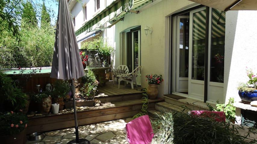 LOFT LIVING - Nîmes