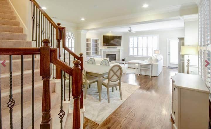 Furnished Executive Home in Central Houston