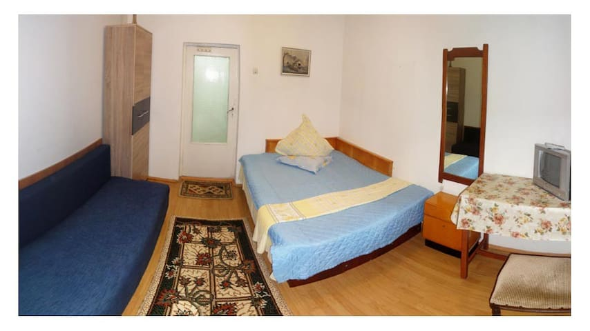 Housing at the Black Sea (big room) - Eforie Nord - Huis