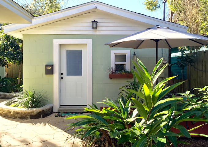North Hill/Downtown Bungalow - Pensacola