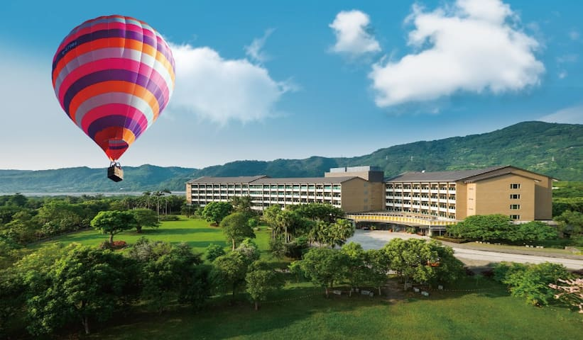 每天可欣賞熱氣球飛行的溫泉客房 / SS-2鹿春精緻雙人客房(含早餐)