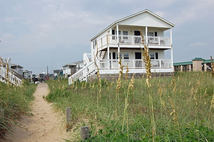 Cottage 271- Direct Oceanfront- Beautiful Views
