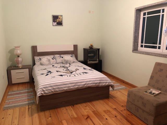 Bedroom 3, en-suite