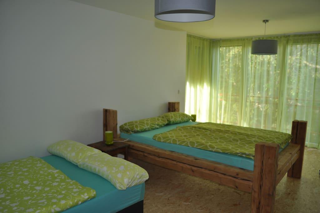 grünes Zimmer für 1-4 Pers.