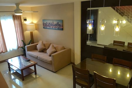 FullyFurnished 2BR near the Airport - Sibulan