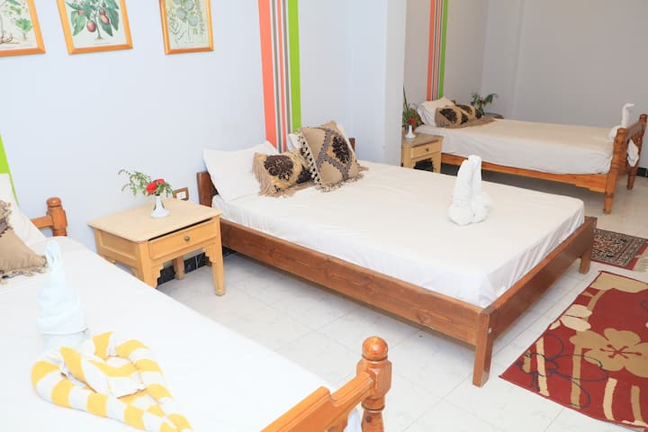 Amon Hotel Luxor - Family Room