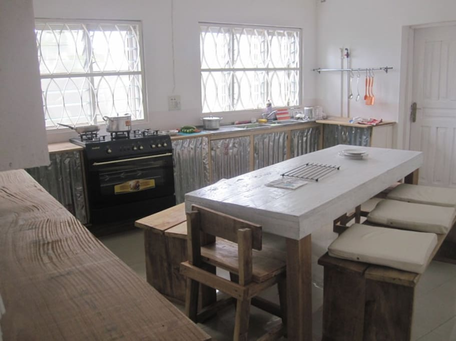 Full equipped kitchen available