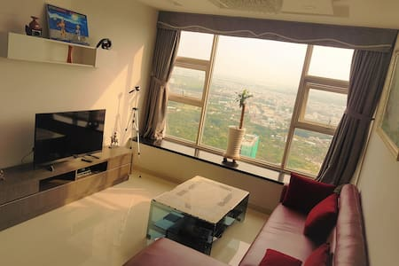 Couples room with an amazing view  - 31st floor - Phú Thuận