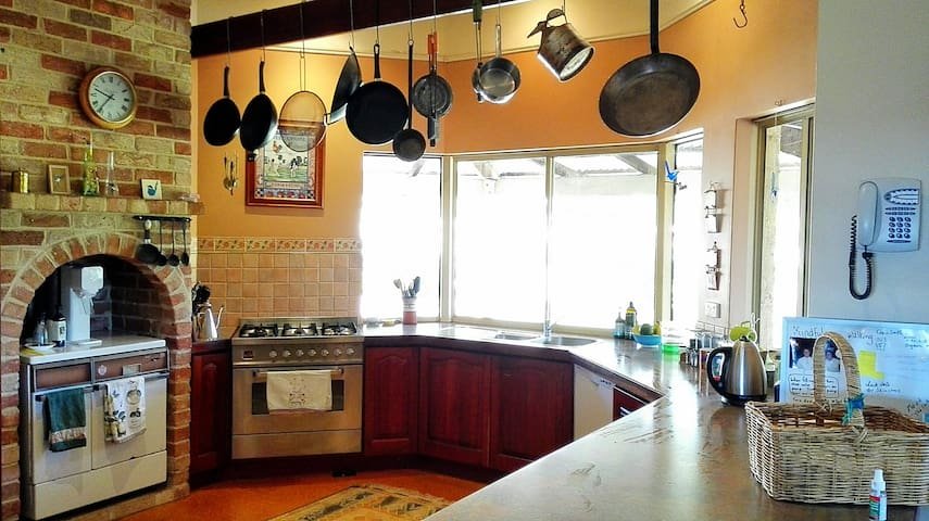 A spacious kitchen for cooking