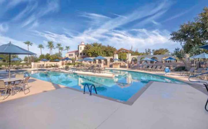Relaxed Studio Suite near Scottsdale and Tempe