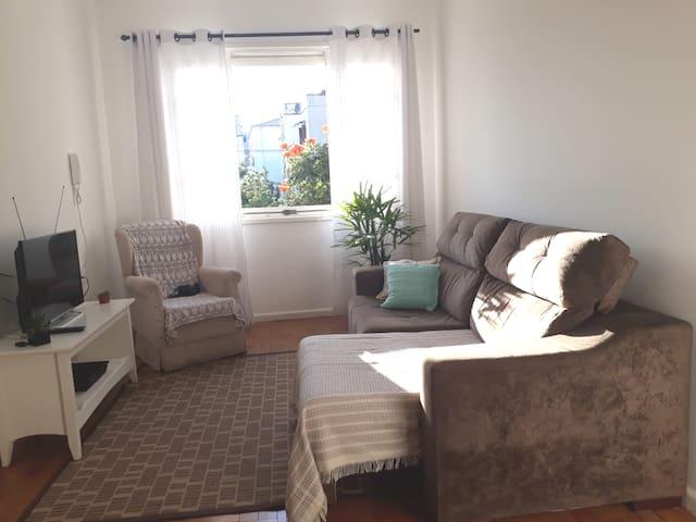 Aconchegante apartamento 1D na Cidade Baixa