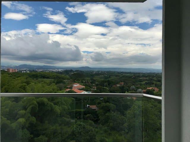 Hermosa vista desde el 10 piso a las fincas más exclusivas de Pereira