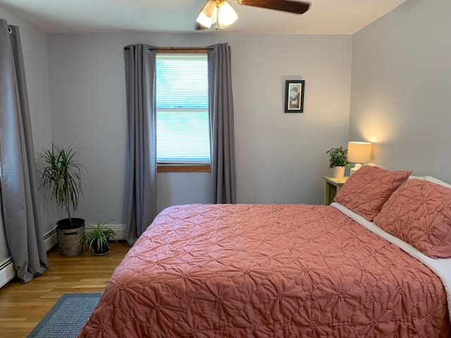 Private In-Law Apartment (close to New Bedford)