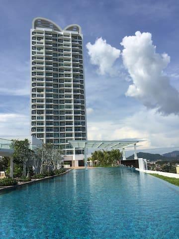 Cozy 2BR Seaview Condo - Batu Maung - Apartament
