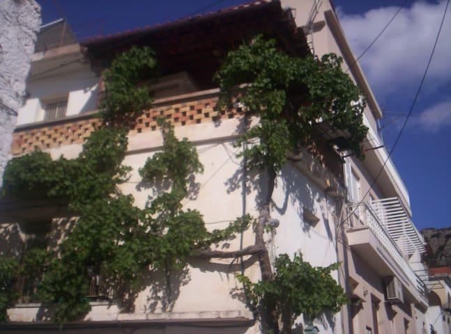 Δυάρι  Διαμέρισμα  με μπαλκόνι
