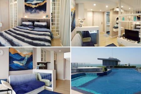 Luxurious studio & rooftop pool with sea views