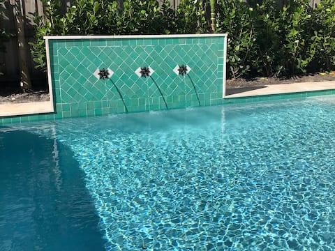 Palm-à-terre  - Relaxing Tropical Paradise!