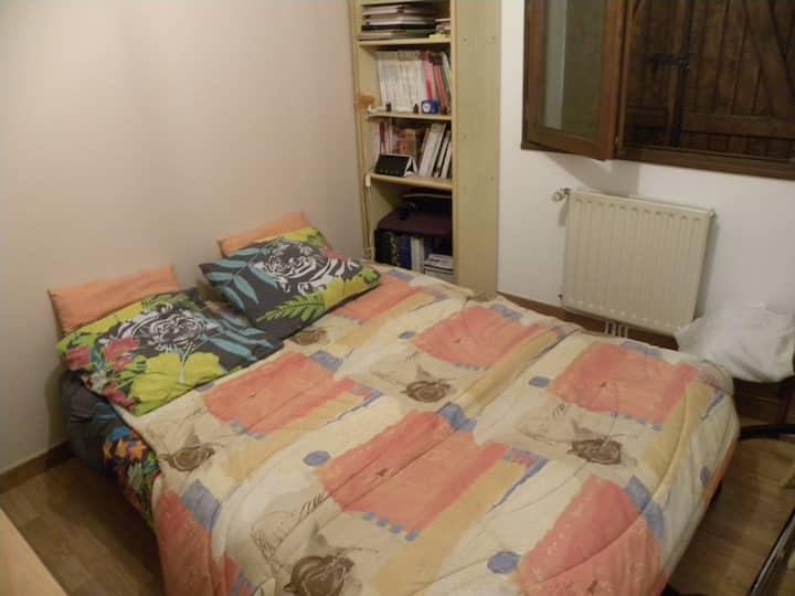 chambre meublée