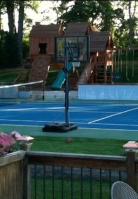 Private Tennis Court (Lessons Available)