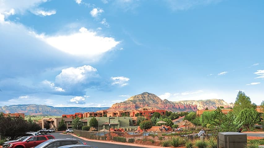 *Sedona Summit- Studio Sleeps 4