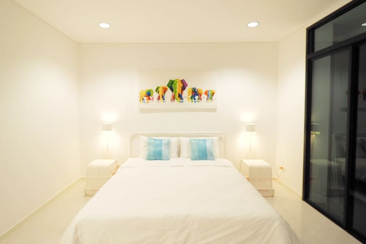 [C202] NEW DESIGNER DECO cozy home near patong