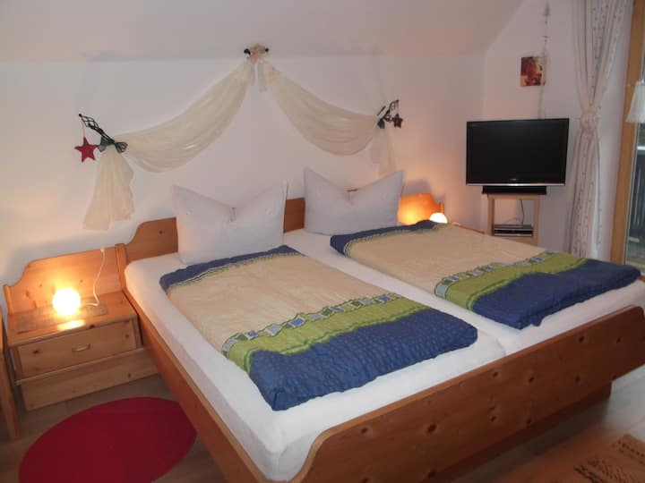 Apartment-  breakfast bookable/Garmisch-P.  21 km