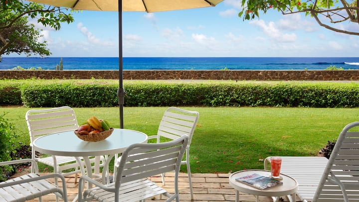 OCEANFRONT VIEWS IN CENTRAL POIPU AT BOUTIQUE RESORT!