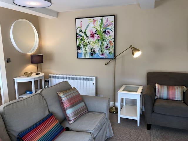 Wychstone 2-bedroom luxury apartment in Breedon