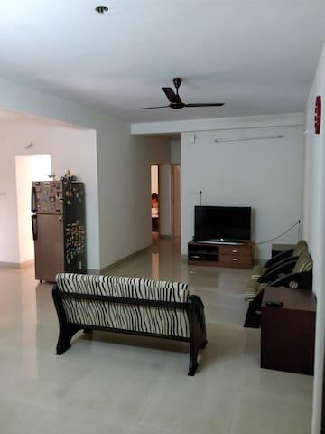 Spacious & clean home stay in Chennai.