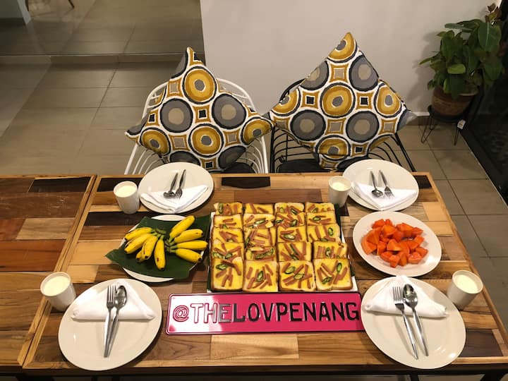 THE LOV PENANG: 3pax Room in luxury Villa @AIRPORT