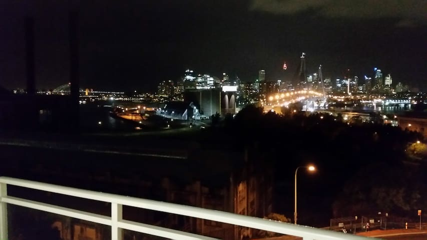 Great 1 bedroom apartment near City (vivid sydney) - Rozelle - Appartamento