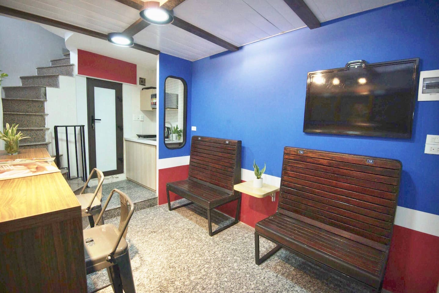 DADIA TRAIN/3BR/UNIQUE CENTRE HANOI