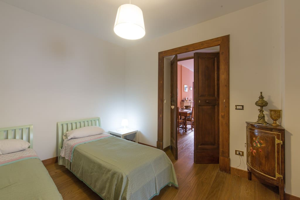 Chambre quadruple b b al belvedere chambres d 39 h tes for Chambre quadruple