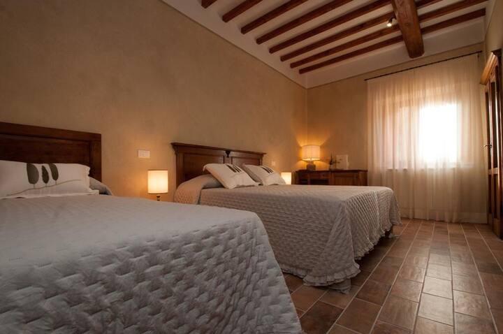 Semplicemente Toscana- Le Camere del Borgo