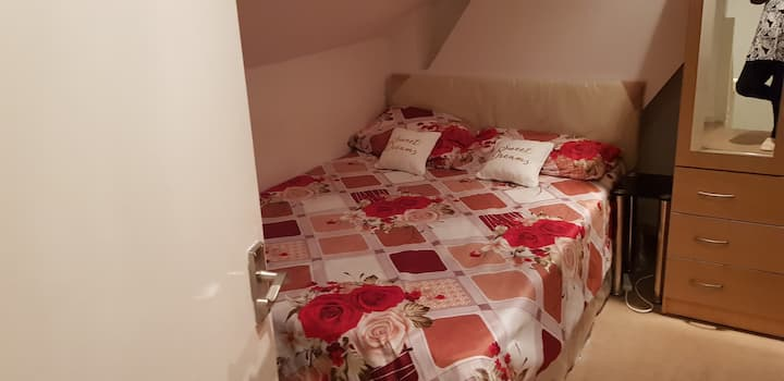 Double loft room HA2 6EL near Harrow Fire Station