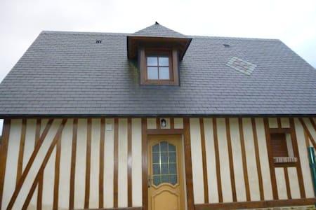 Gîte le Bâtiment - Héricourt-en-Caux - Hus