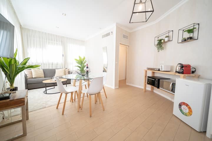 Designed 2BR - 3 min from the beach-Yalarent