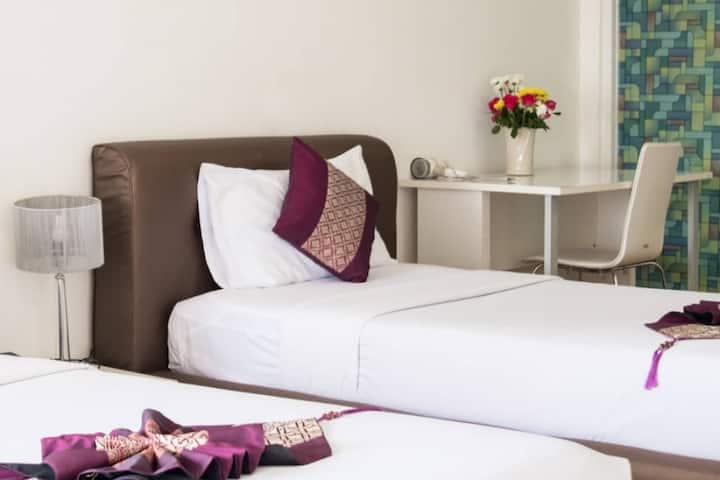 Beachfront Deluxe Twin in the Heart of North Pattaya