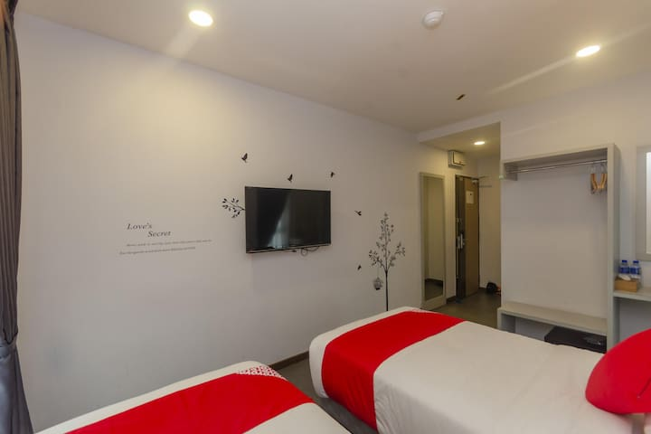 1BR Deluxe Twin@ Rs Boutique Hotel