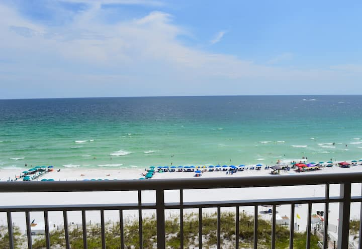 Destin Towers 91 - 9th Floor - Updated- Beachfront