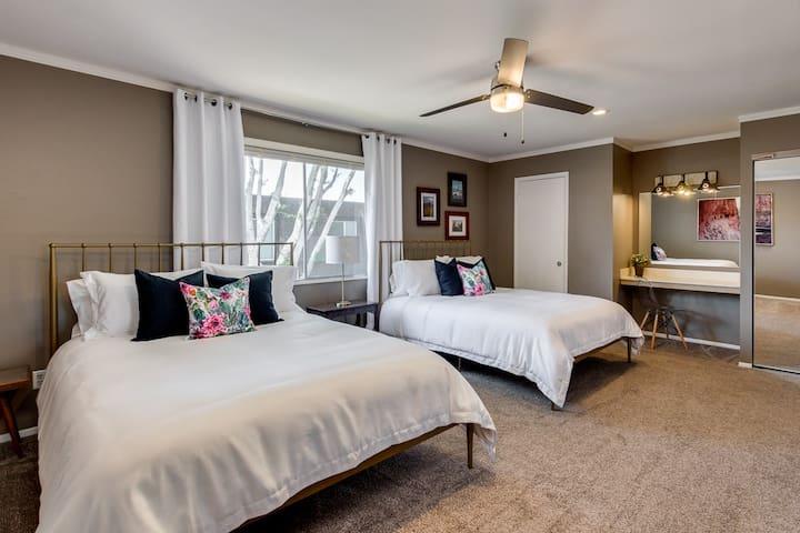 Master Bedroom with 2 queen beds