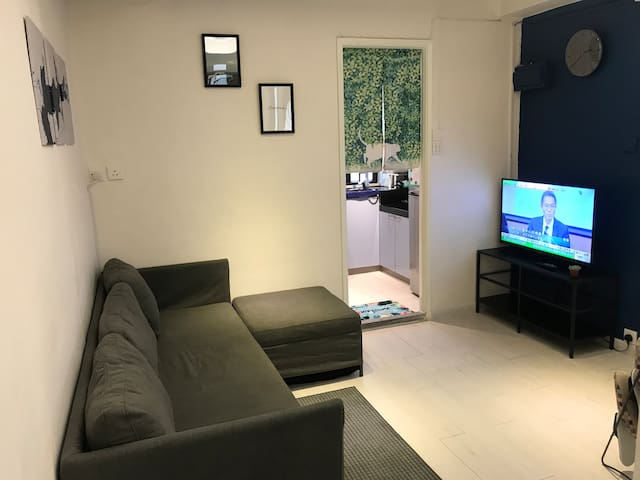 Peaceful Cozy Apartment in Tai Hang 步行5分鐘到銅鑼灣
