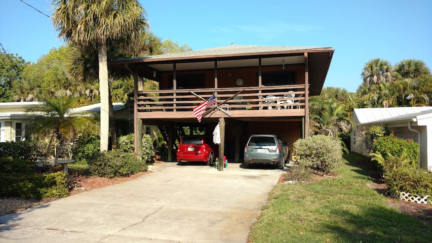 Quiet, Convenient location on Manasota Key. - Englewood - Maison