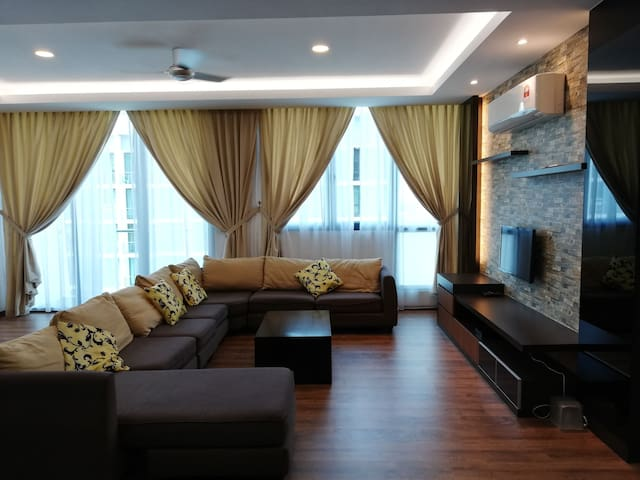 Vivacity jazz 3 09Apartment Kuching (CozyLife)
