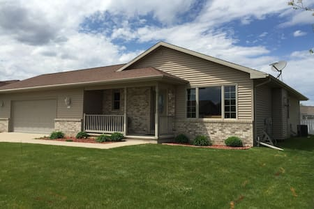 Sunny Ranch Style Home - Oshkosh